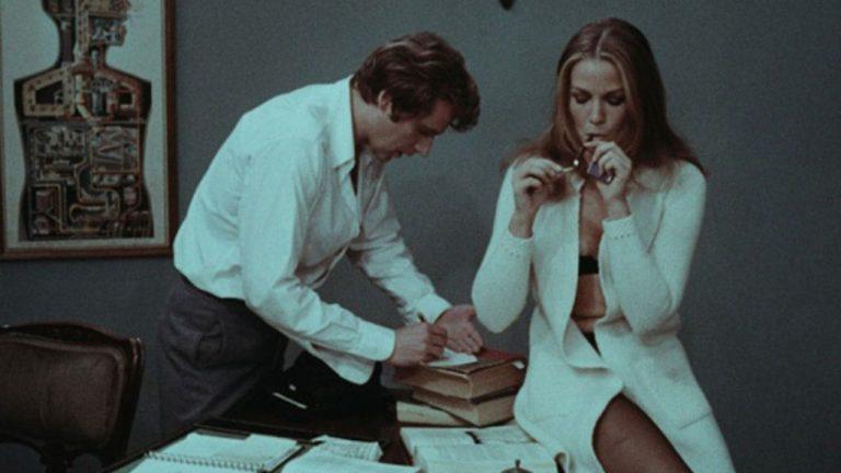 Besessen – Das Loch in der Wand (1969) – ein freizügiger Thriller mit Flair