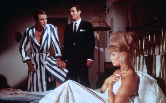 Kritik: Blonde Fracht für Sansibar (1964)