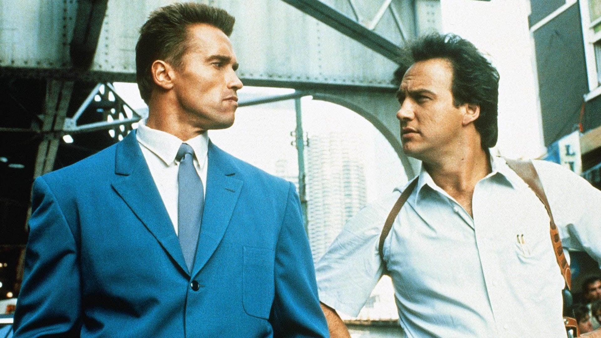 Trailer: Red Heat (1988)