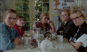 ALLEIN UNTER FRAUEN auf Blu-ray & DVD | Ab 30. Oktober