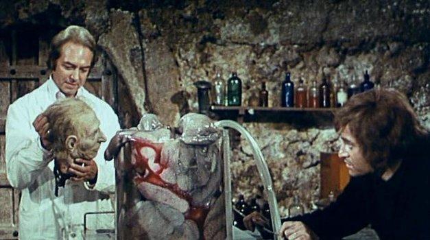 Die Stunde der grausamen Leichen (1973)